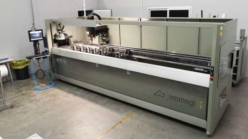 Centro di foratura CNC per profili in alluminio